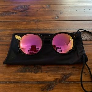 DIFF Eyewear ROUND PINK MIRROR LENSE